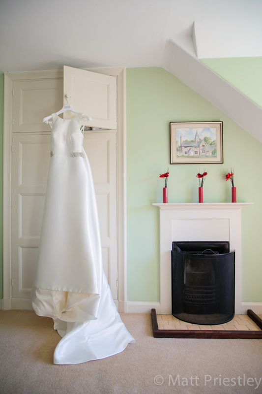 Abbeywood Cheshire wedding venue wedding photography for Sophie and Dave by Altrincham photographer Matt Priestley022