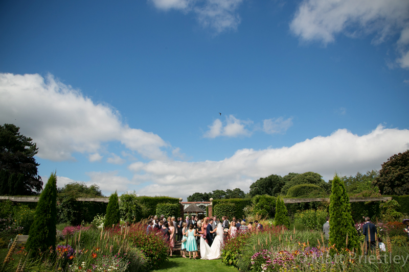 Abbeywood Cheshire wedding venue wedding photography for Sophie and Dave by Altrincham photographer Matt Priestley077