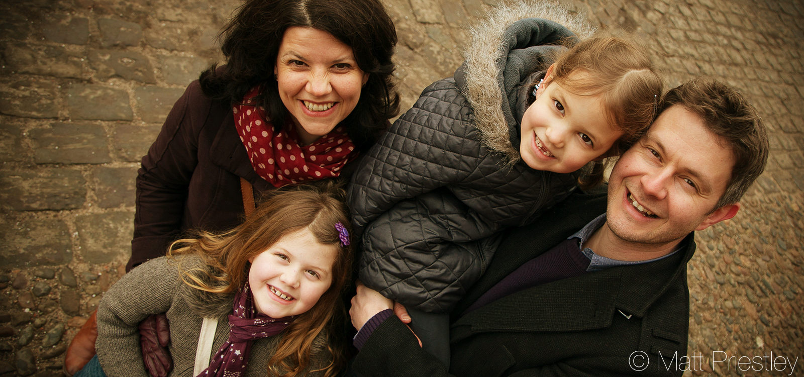 Family-portrait-photography-nr-Altrincham-by-local-photographer-Matt-Priiestley-24