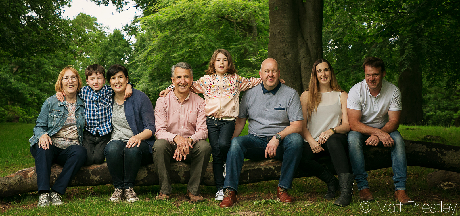 Family-portrait-photography-nr-Altrincham-by-local-photographer-Matt-Priiestley-7