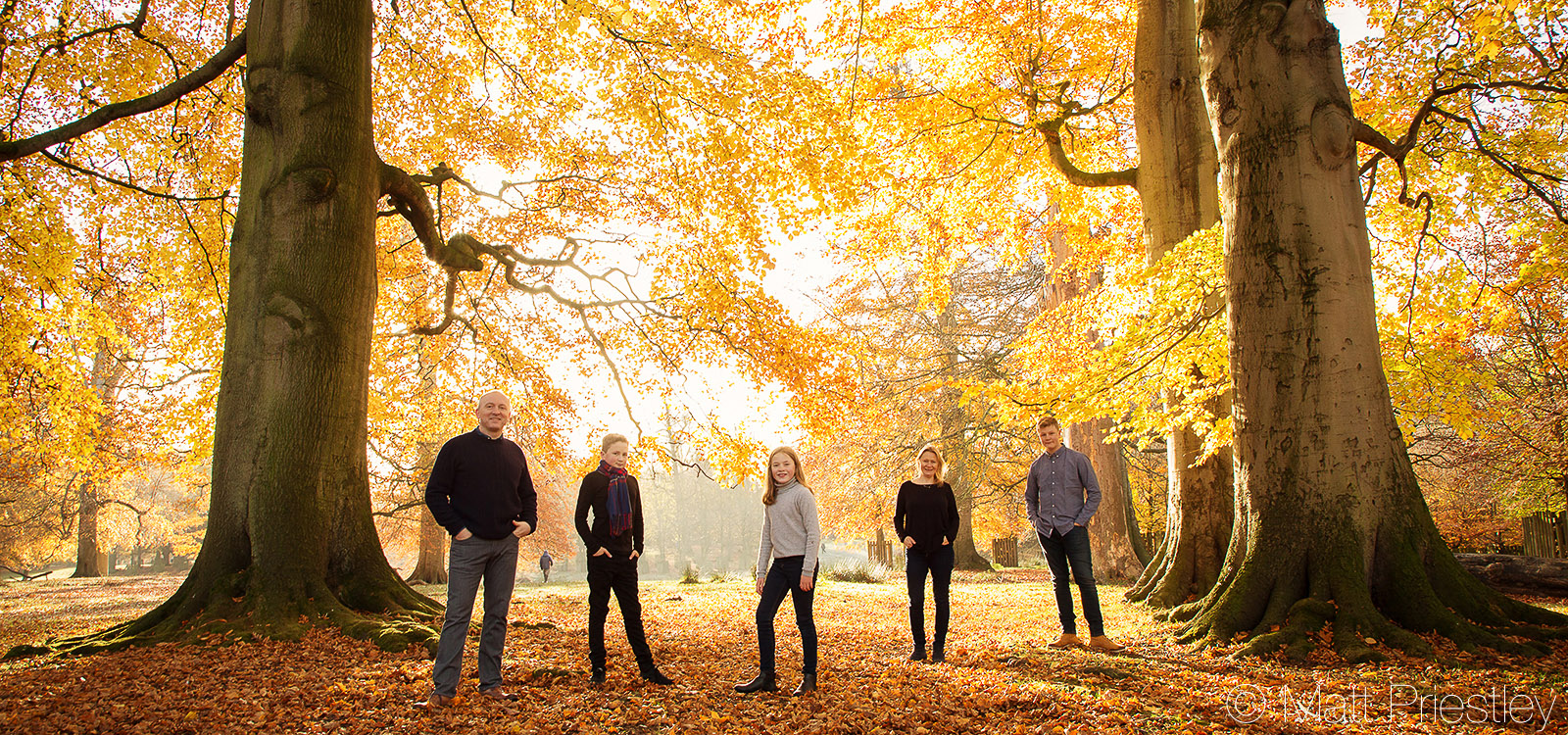 Family-portrait-photography-nr-Altrincham-by-local-photographer-Matt-Priiestley-9