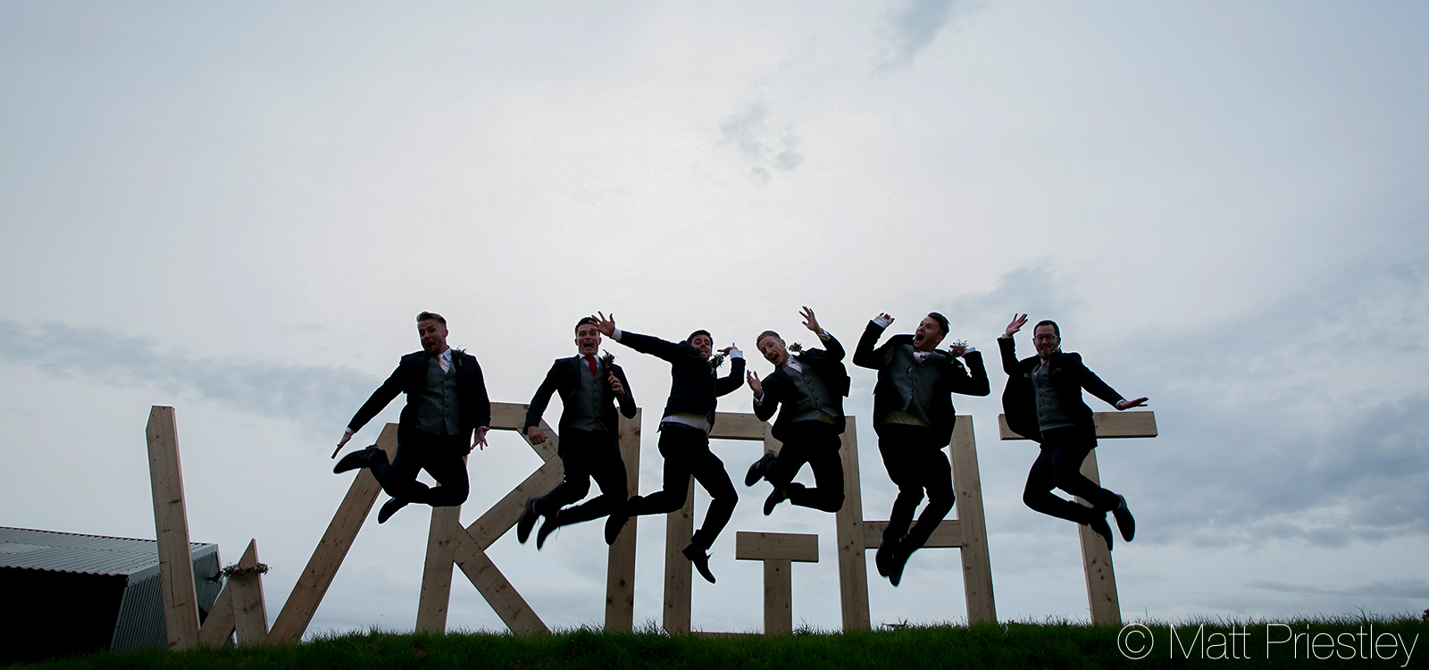 wedding-photography-nr-Altrincham-by-local-photographer-Matt-Priiestley-26